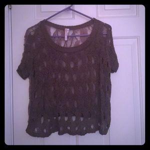 36 Point 5 Cropped Shirt (EUC)